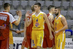 Osijek keeps chances alive